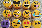Cupcake Decorating – Emoji Pack Online Certificate Course
