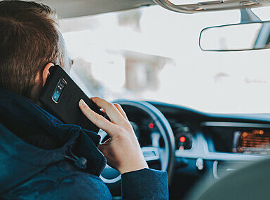 Mobile Phones and Driving Online Certificate Course