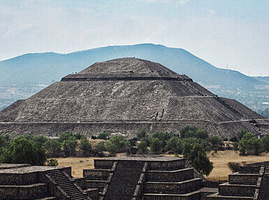 Maya and Aztec History Online Certificate Course