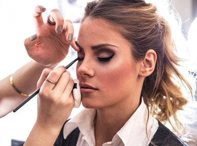 Diploma In Makeup Artist Online Course