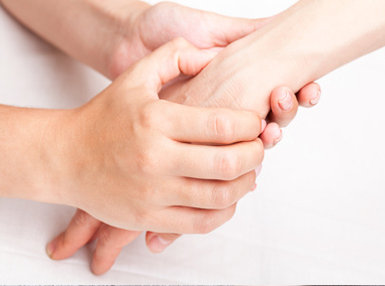 Ultimate Hand Reflexology Online Bundle, 10 Certificate Courses