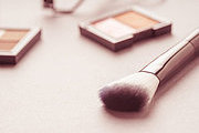 Make Up Online Bundle, 5 Certificates Courses