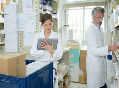 Ultimate Exploring a Career as a Pharmacy Technician Online Bundle, 10 Certificate Courses