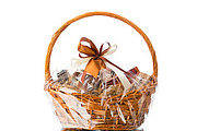 Starting Your Own Gift Basket Business Online Bundle, 3 Certificate Courses