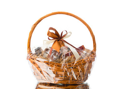 Starting Your Own Gift Basket Business Online Bundle, 3 Starting your own Arts and Crafts Business Online Bundle, 5 Certificate Courses