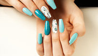 Nail Art and Design Online Bundle, 2 Certificate Courses